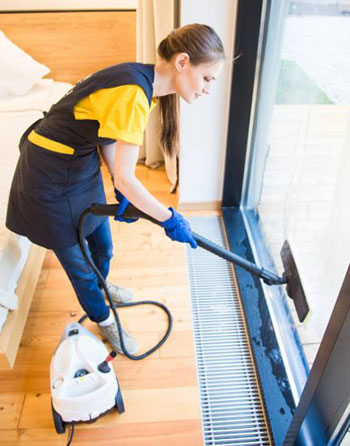 professional cleaners in southport